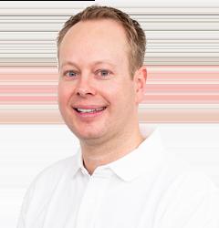 Dr. med. dent. Philipp Stanke - Dr. Stanke & Kollegen - Ihre Zahnarztpraxis mit eigenem Dentallabor in Hamm.