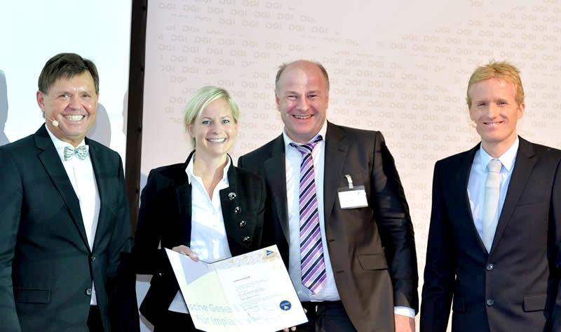 Dr. med. dent. Lisa Stanke M.Sc. - Tagungsbestpreis DGI Kongress - Dr. Stanke & Kollegen - Ihre Zahnarztpraxis mit eigenem Dentallabor in Hamm.