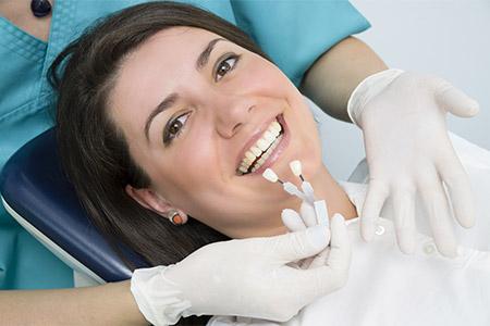 Zahnersatz - Dr. Stanke & Kollegen - Ihre Zahnarztpraxis mit eigenem Dentallabor in Hamm.